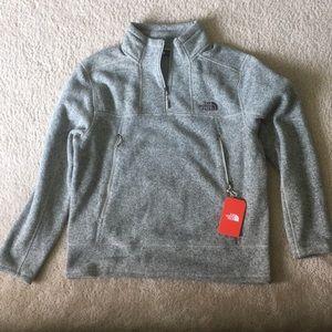 Men's Northface 1/4 zip with zipper pockets
